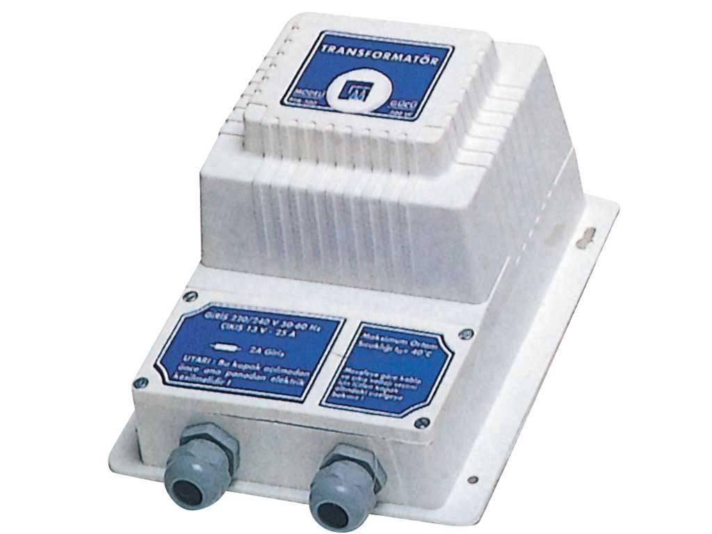 600 W / 230-24 V Outlet Transformer